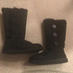 🔥Bailey button Uggs gorgeous perfect winter boot!
